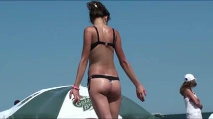 gf6 sex schwanz zwischen titten